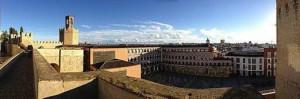 800px-Vista_desde_la_Alcazaba_de_la_Plaza_Alta_y_la_ciudad_de_Badajoz